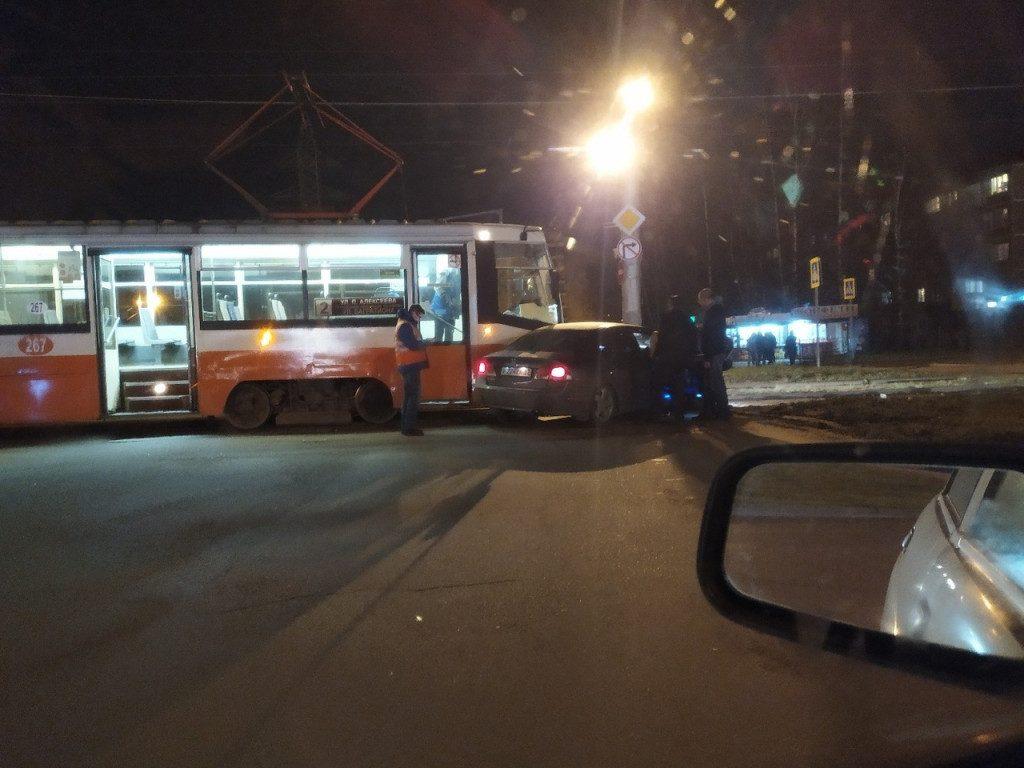 трамвай авто ДТП