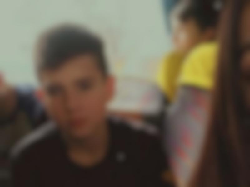 Артём, шестиклассник, Рославль, снюс, газ для зажигалок(фото vk.com id376722528, ссылка на профиль vk.com aroslavlsky5)