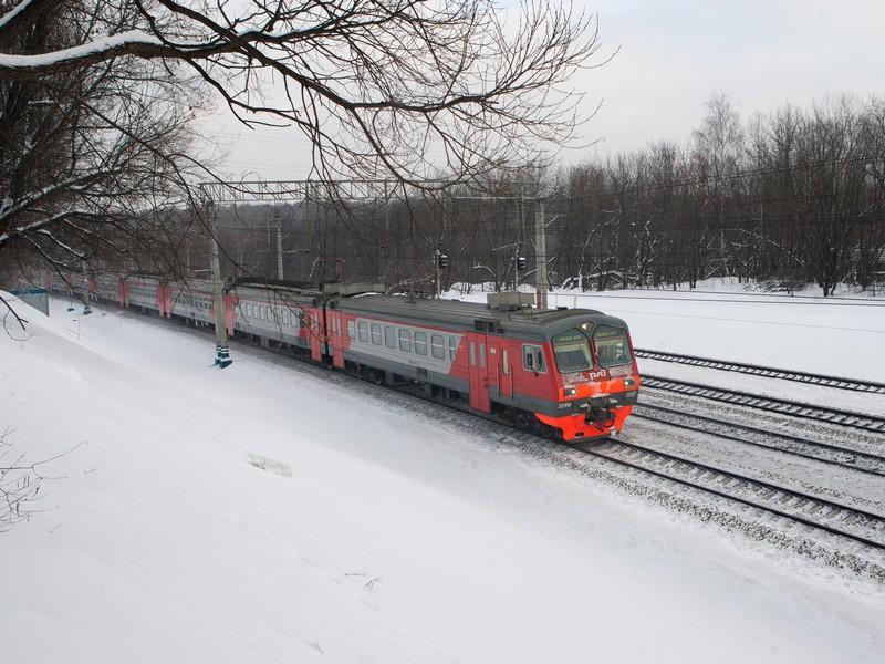 Видовая съемка проходящих поездов в районе ст.Яуза
