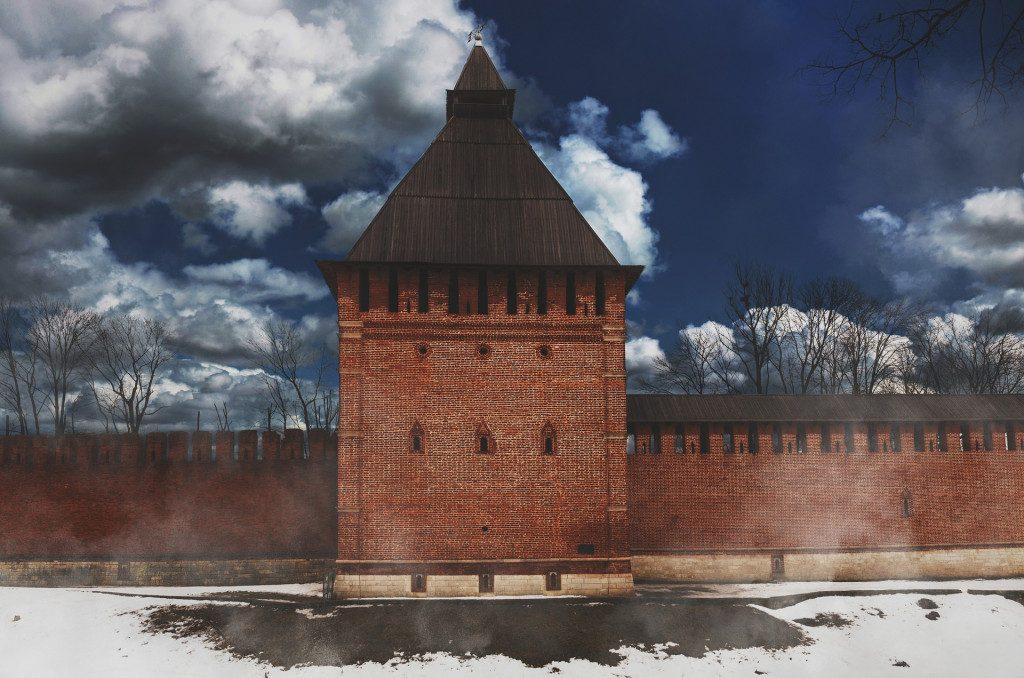крепостная стена, Лопатинский сад, улица Дзержинского, башня, Копытенские ворота