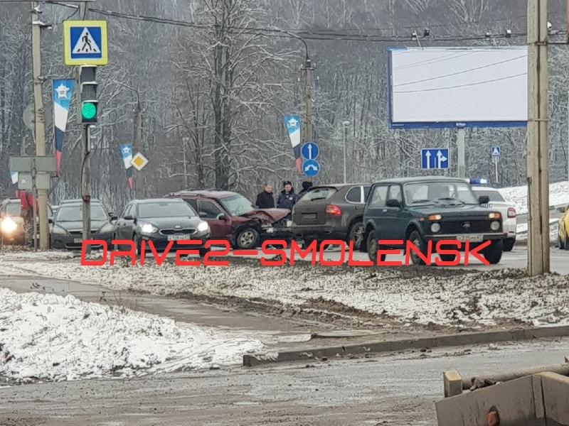 ДТП 29.01.2020, проспект Строителей, Porsche Cayenne, Kia_2