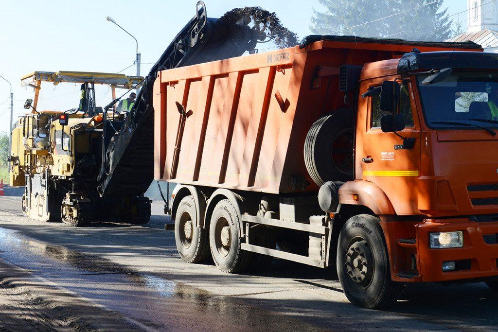 ремонт дорог, снятие асфальта, фреза, Безопасные и качественные автодороги (фото admin-smolensk.ru)