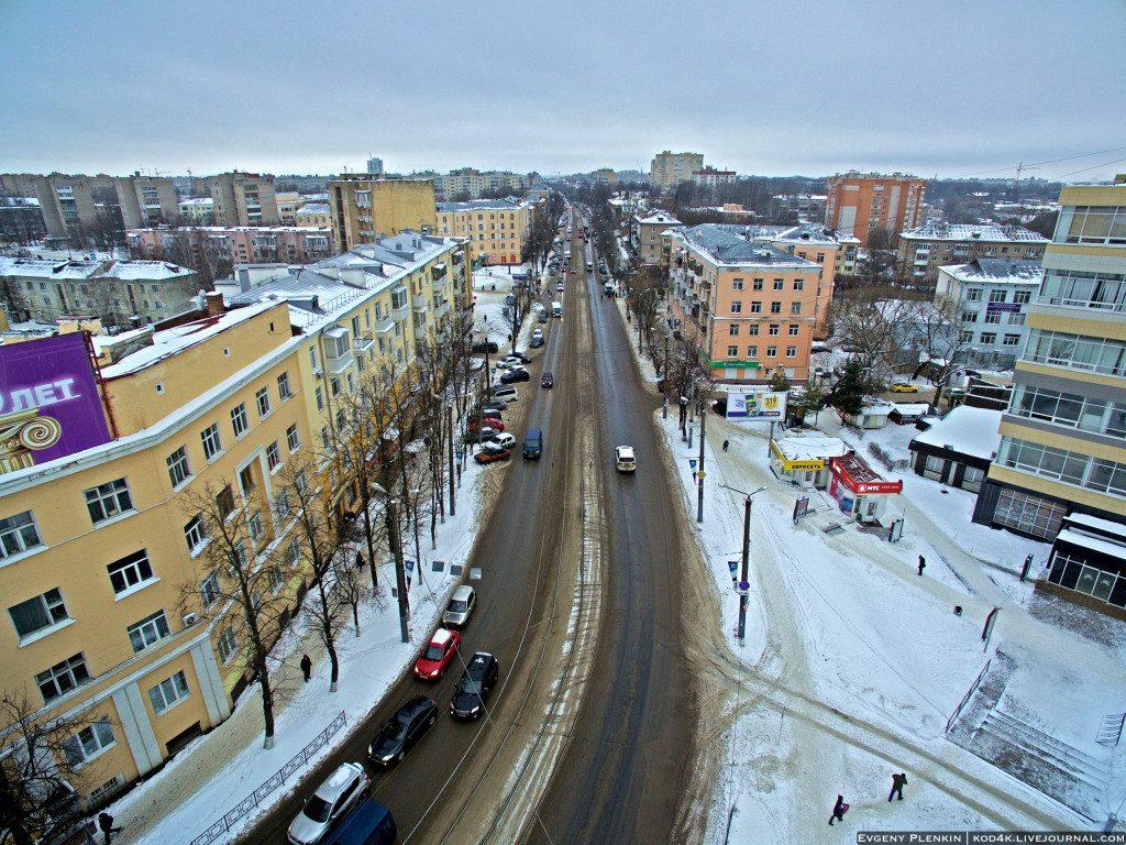 улица Николаева, поворот с проспекта Гагарина, зима
