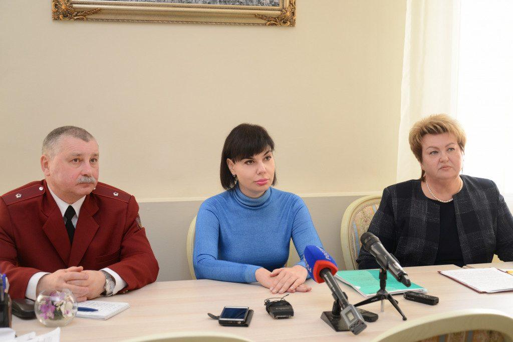 Рогутский, Лобода, Войтова (фото пресс-службы администрации Смоленской области)