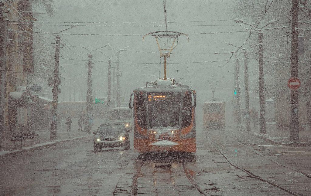 tramvaj-zima-ulicza-tenishevoj-foto-vk.com-official_smolensk