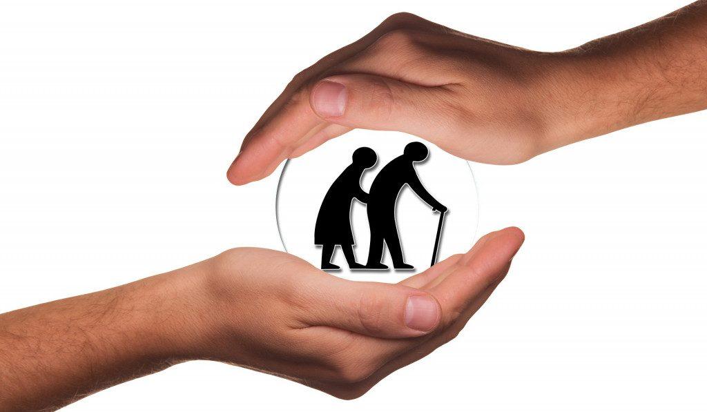 пожилые люди, уход за престарелыми, пенсионеры, волонтёрство, помощь