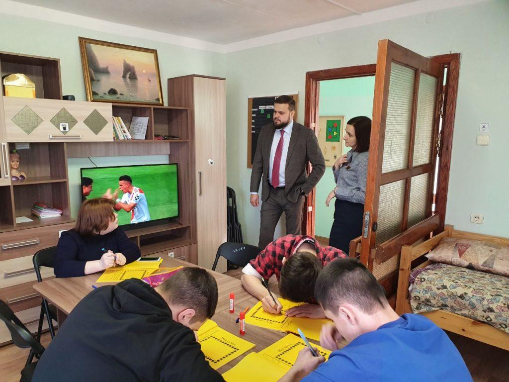 Туров, детский реабилитационный центр Вишенки, тренажёры_3