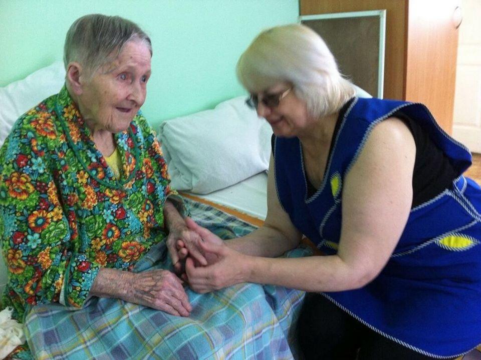 пенсионерка, Вяземский дом-интернат, изоляция, коронавирус (фото facebook.com profile.php id=1428827422)