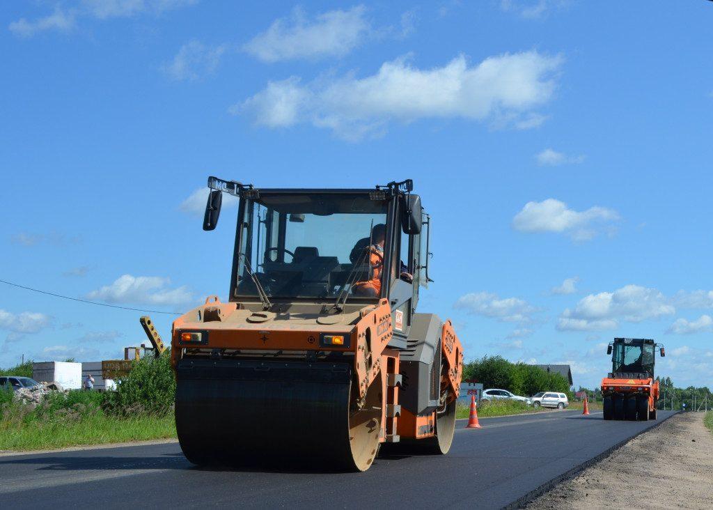 ремонт дорог, асфальт, каток (фото пресс-службы СОГБУ Смоленскавтодор)