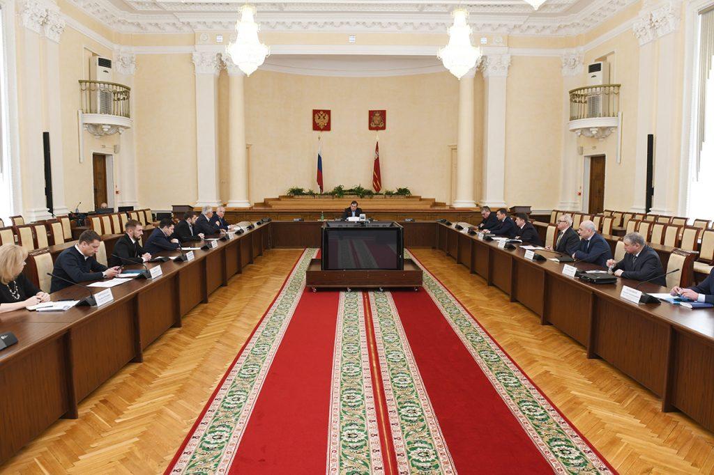 В Смоленской области создадут штаб по обеспечению устойчивости экономики