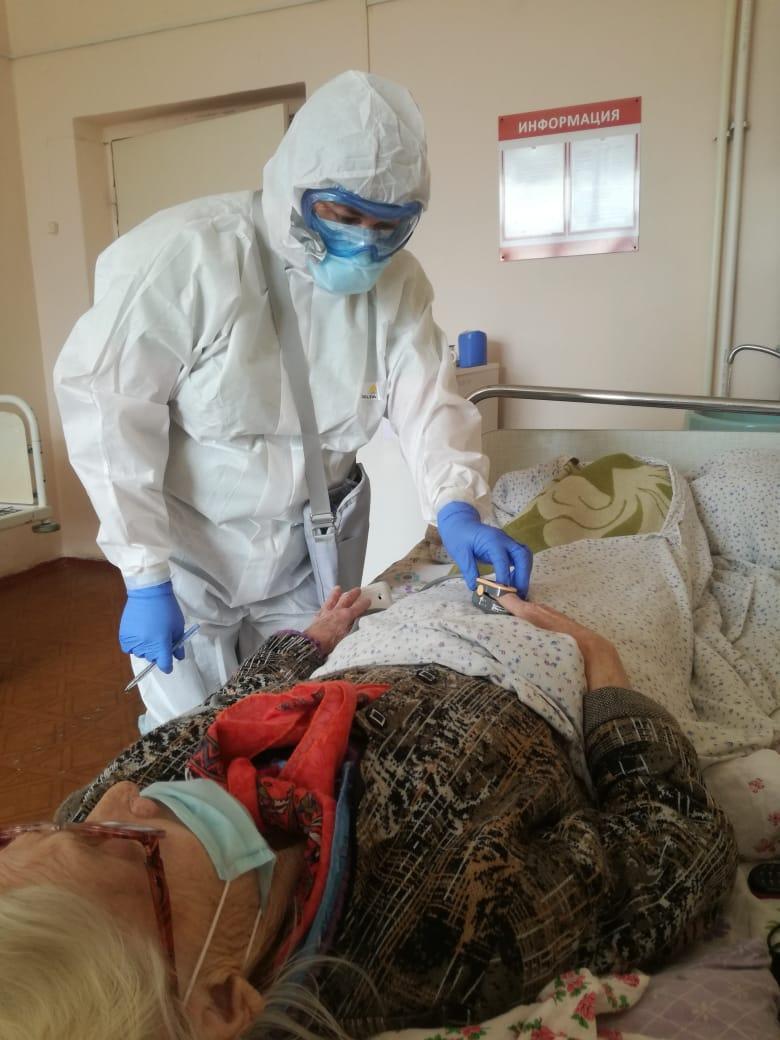 В Смоленск области повторился уровень суточной смертности от коронавируса