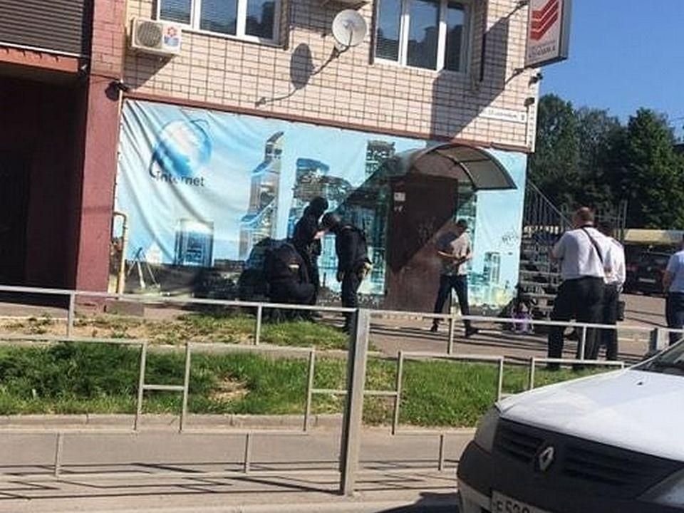 игровой клуб, казино, 25 Сентября, спецназ МВД (фото instagram.com beton67)