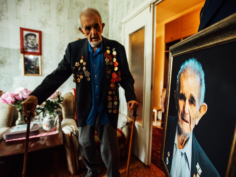 Михаил Кугелев, портрет ветерана, СК, поздравление (фото - Евгений Гаврилов)