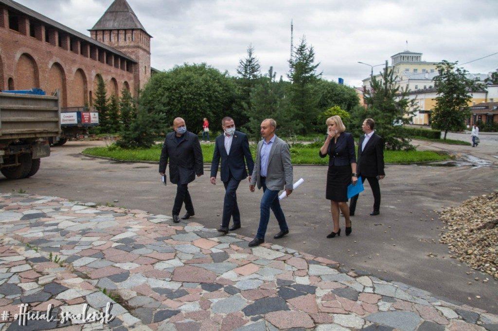 обсуждение Андрей Борисов Октябрь