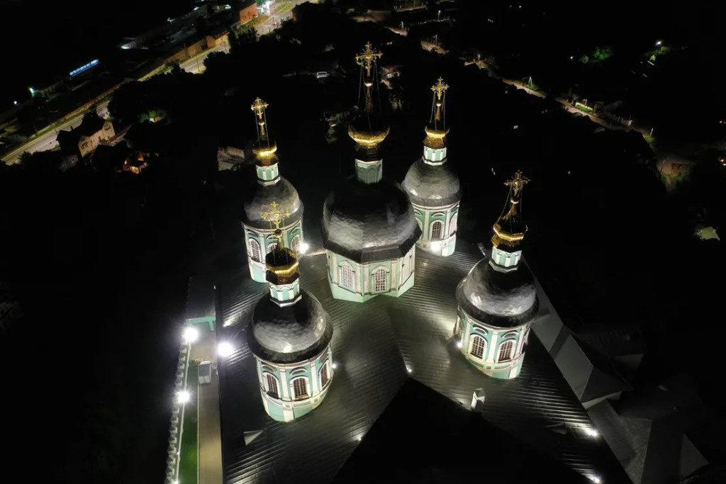 светодиодное освещение Успенского собора_2 (фото «Световые Технологии ЭСКО»)