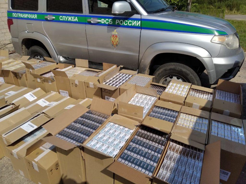 контрабанда сигарет, пограничники, фото пресс-службы ПУ ФСБ РФ по Смоленской области_1