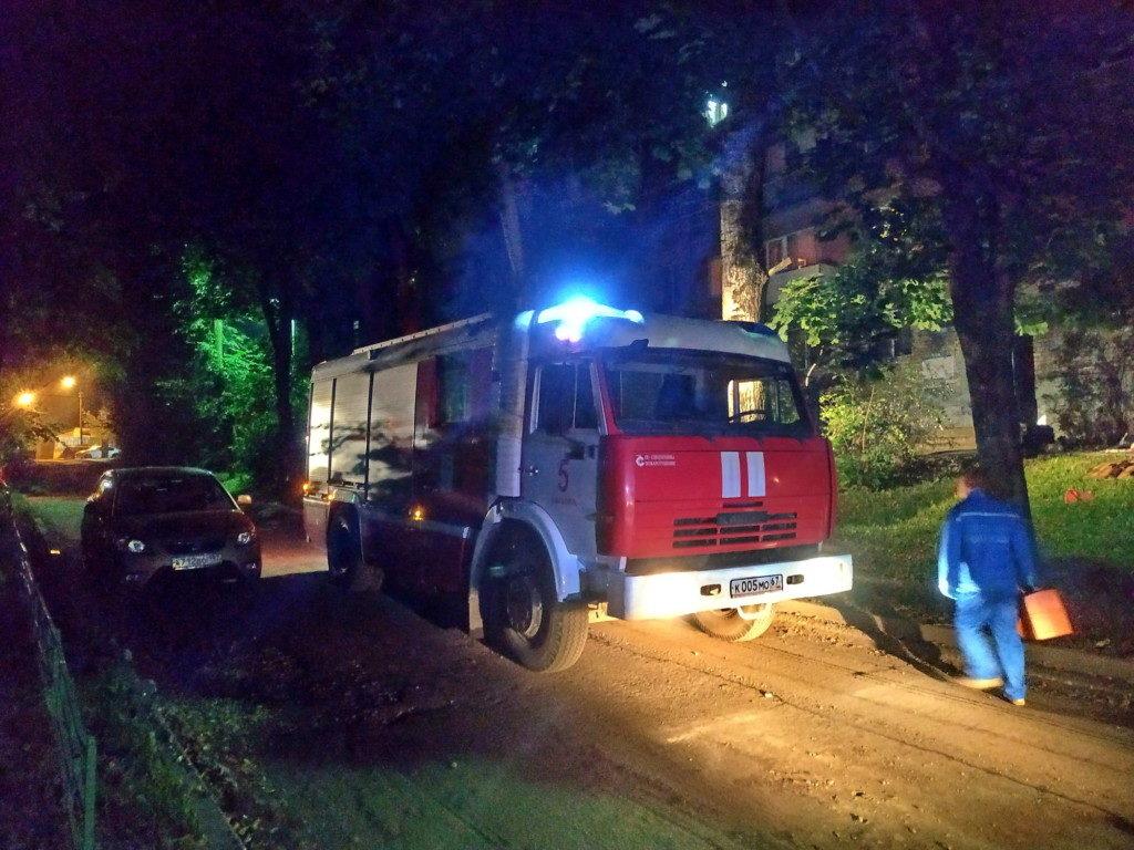 пожар, автоцистерна, медик (фото 67.mchs.gov.ru)