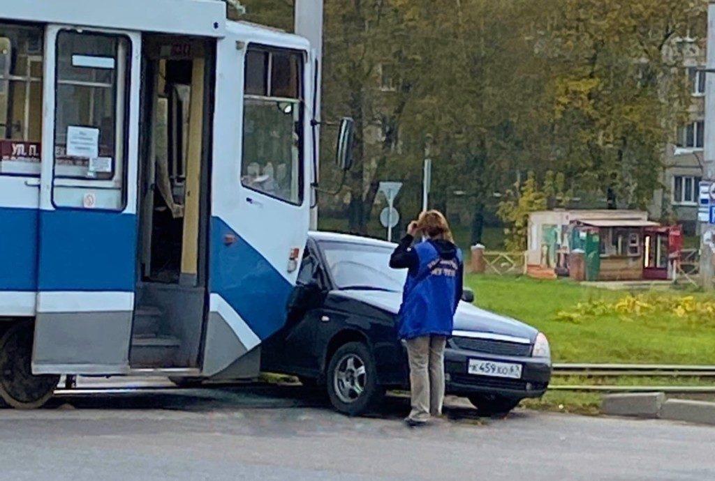 ДТП 8.10.2020, трамвай, Priora, Рыленкова, проспект Строителей, кольцо