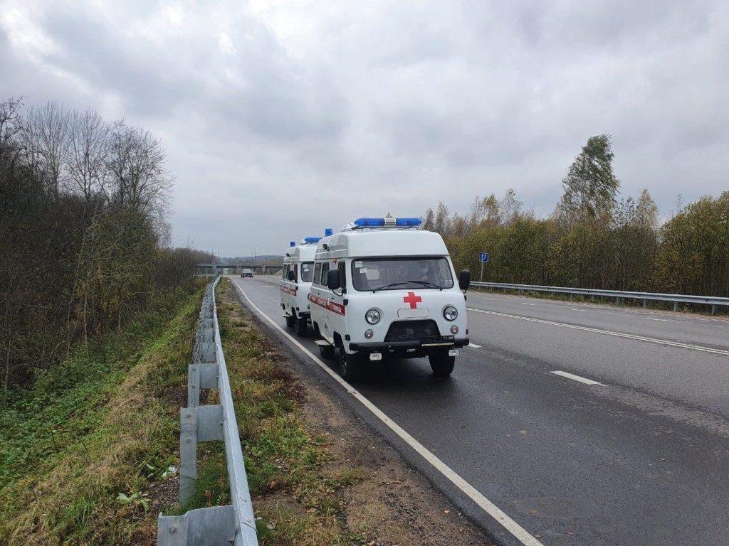 машины скорой медпомощи для Дорогобужской ЦРБ (фото vk.com podslushanovdore)