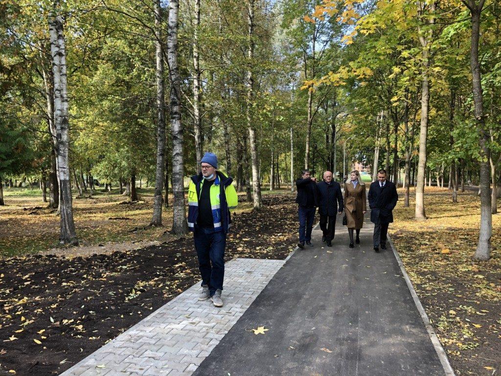 park-solnczeva-blagoustrojstvo-oktyabr-2020-zebancz-ivanov-chenczova-zhuravlyov-foto-press-sluzhby-egger-drevprodukt-gagarin