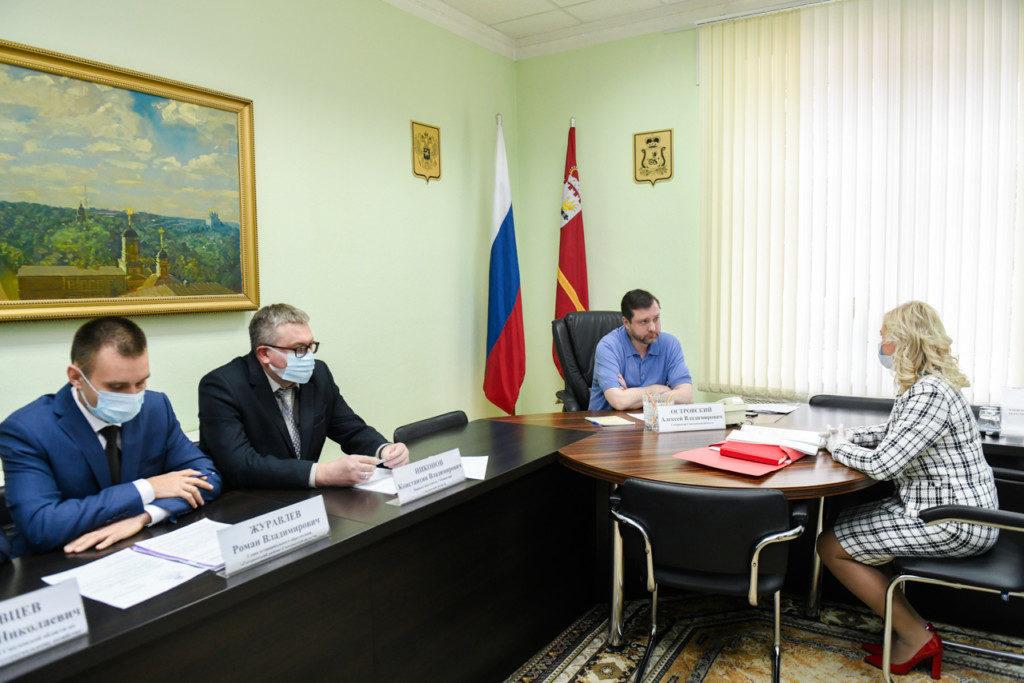 приём граждан, Журавлёв, Никонов, Островский, Хайленко (фото admin-smolensk.ru)