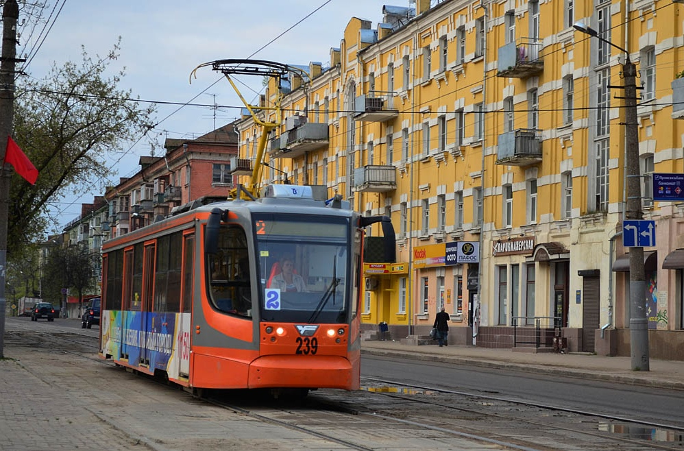 трамвай, маршрут №2, улица Тенишевой (фото smoladmin.ru)