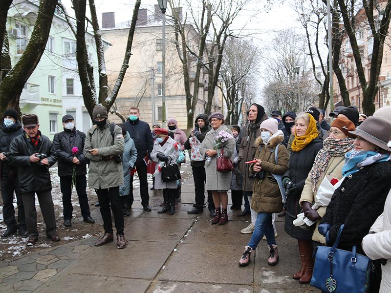 открытие памятника беляеву