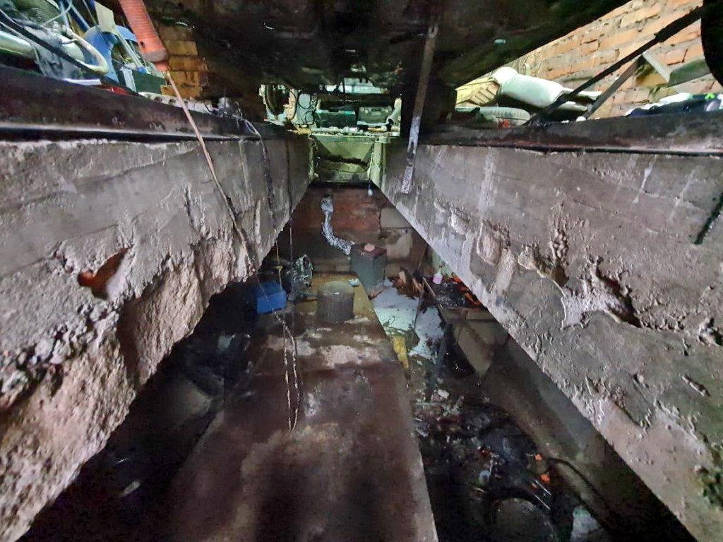 пожар 31.10.2020, 16-й микрорайон Рославля, смотровая яма (фото 67.mchs.gov.ru)