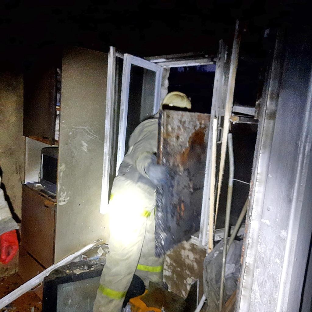 смертельный пожар 3.12.2020, Октябрьской революции, 32, квартира_3 (фото 67.mchs.gov.ru)