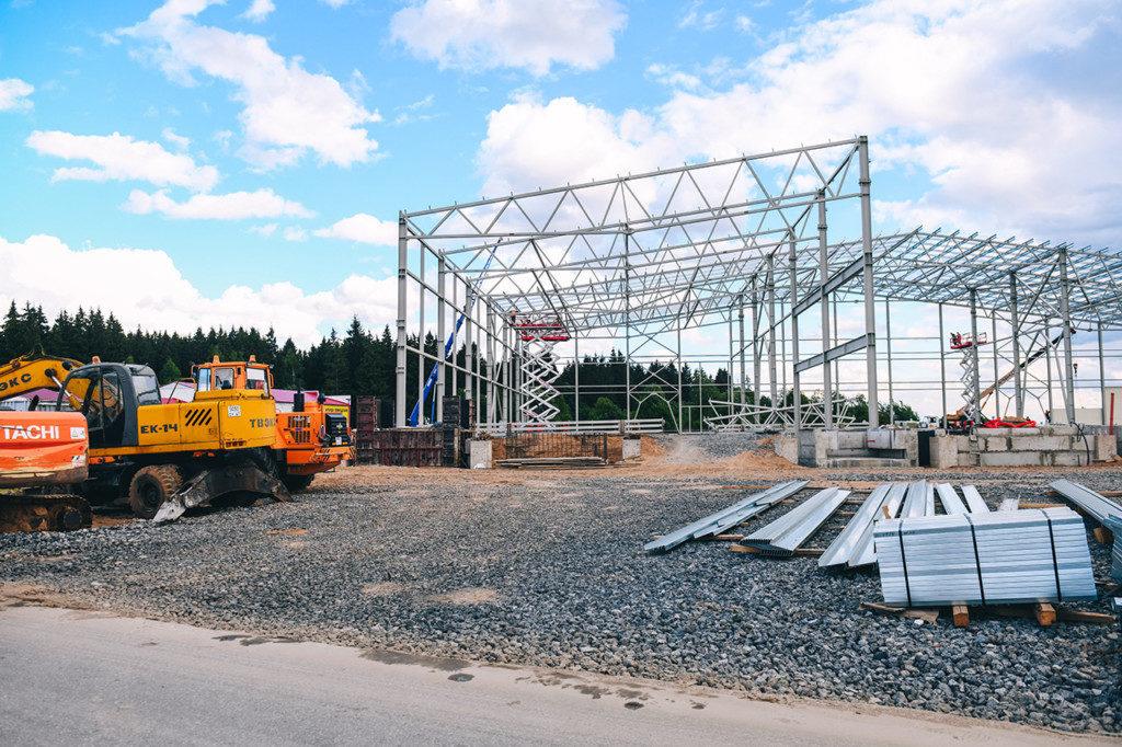 строительство таможенного склада и склада временного хранения для грузов, терминал Никольский, Смоленский район (фото admin-smolensk.ru)