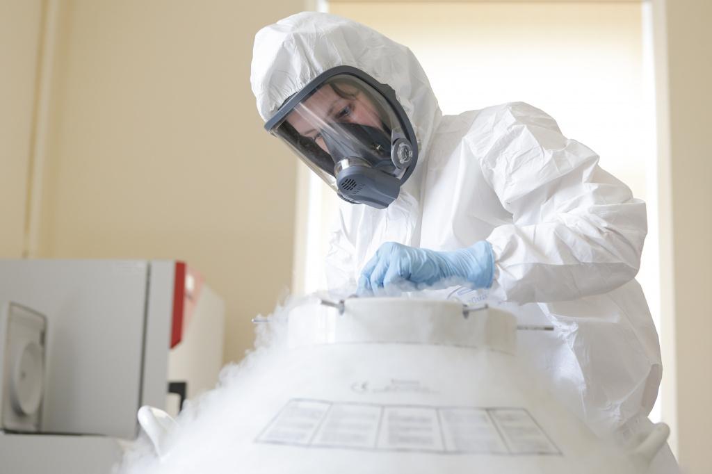 В Смоленской области от коронавируса привились почти 27 тысяч человек