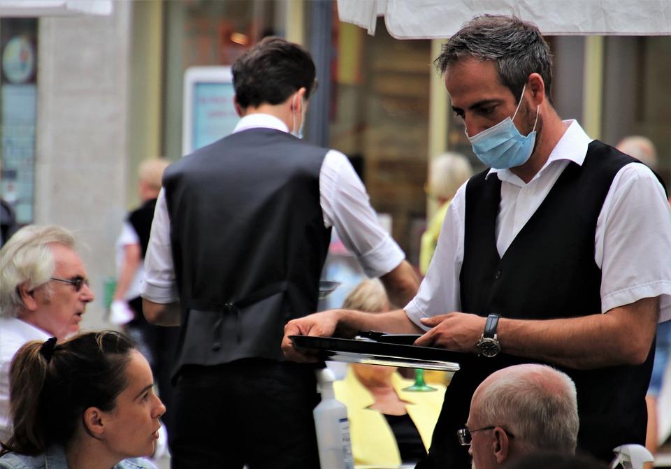 кафе маска ресторан коронавирус