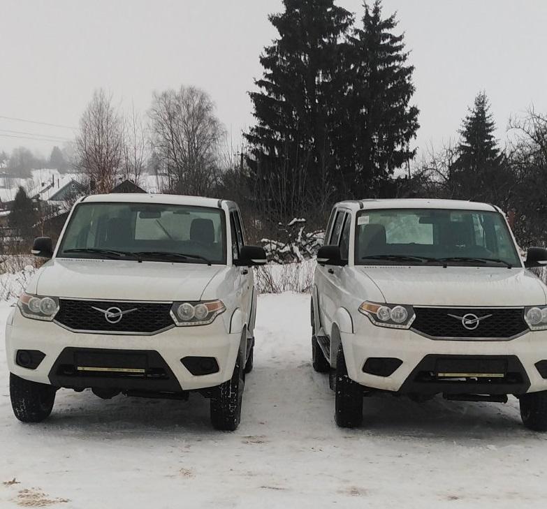 два УАЗ «Патриот» для медучреждений Смоленской области (фото admin-smolensk.ru)