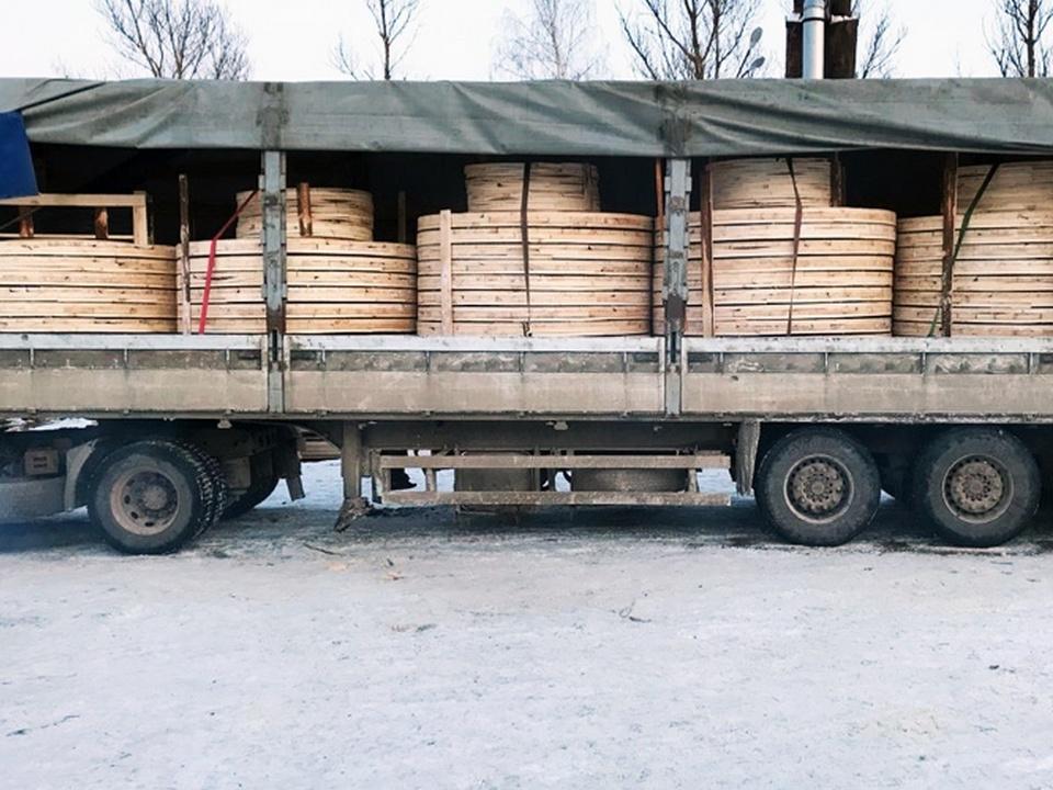 кабельные барабаны, компания «РУФ», Смоленский район (фото drums-briquettes.com)