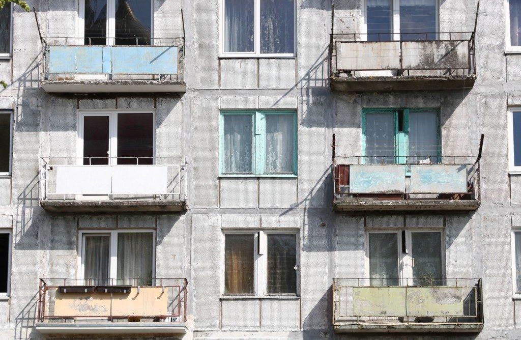 панельный дом, квартиры, балконы