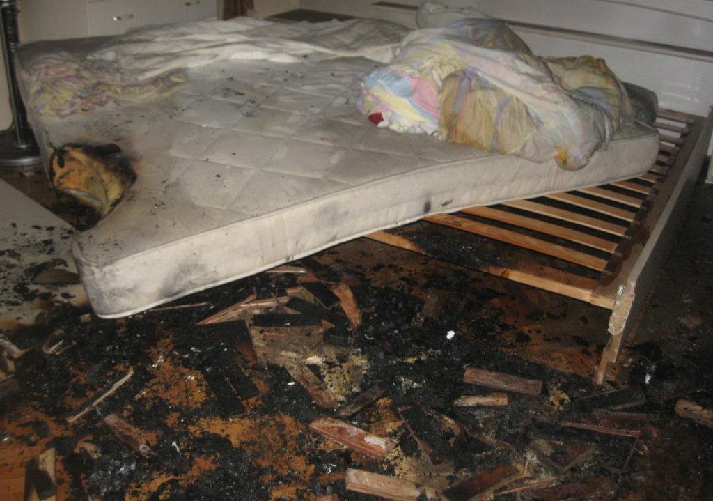 пожар 18.01.2021, квартира, Циолковского, Смоленск_2 (фото 67.mchs.gov.ru)