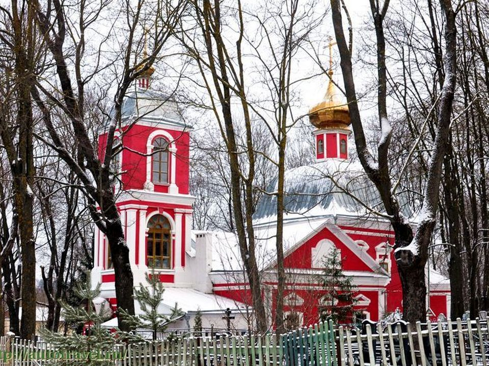 храм Спаса Нерукотворного, улица Окопная (фото azbyka.ru)