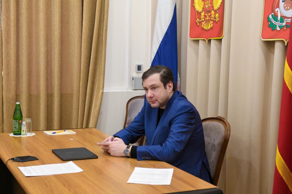 Алексей Островский рассказал о дополнительной поставке вакцины «Спутник V» в Смоленскую область