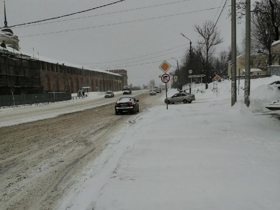 такси, Hyundai, улица Соболева (фото vk.com black.smolensk)