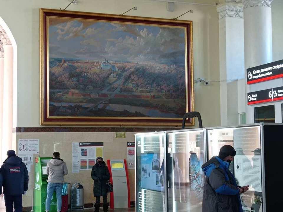 железнодорожный вокзал Смоленска, кассы (фото instagram.com tanutya73)