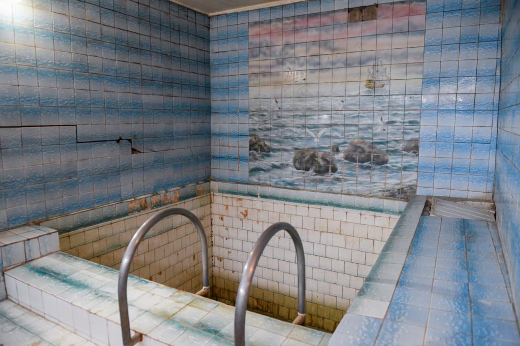 бассейн восстановительного центра спортшколы №4 Смоленска (фото admin-smolensk.ru)