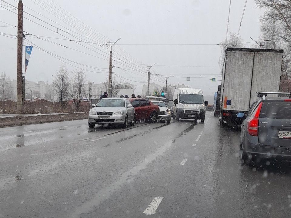массовое ДТП 16.03.2021, Краснинское шоссе (фото vk.com drive2_smolensk)