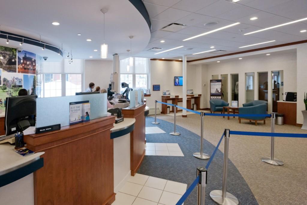 MSB15B_Middlesex_Savings_Bank_Natick_N2_cropped_1600x1068-1536x1024