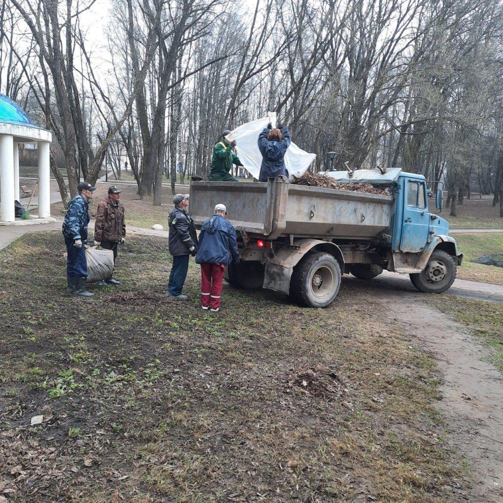 генуборка парка 1100-летия Смоленска и прилегающих территорий_6