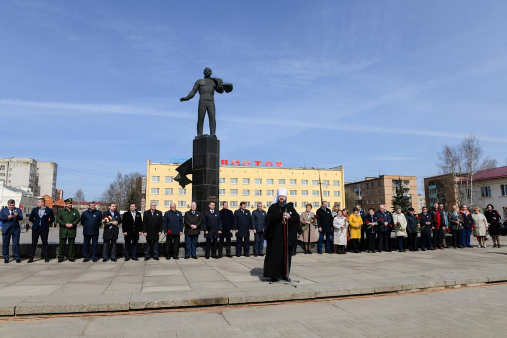 Исидор, митинг ко Дню космонавтики 12.04.2021 (фото admin-smolensk.ru)