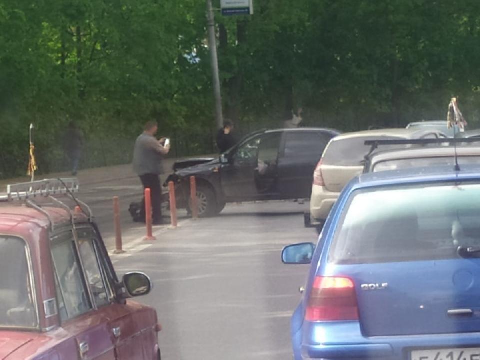 ДТП 19.05.2021, Большая Советская, Lada Granta, Ford Focus (фото vk.com kolya.m435)