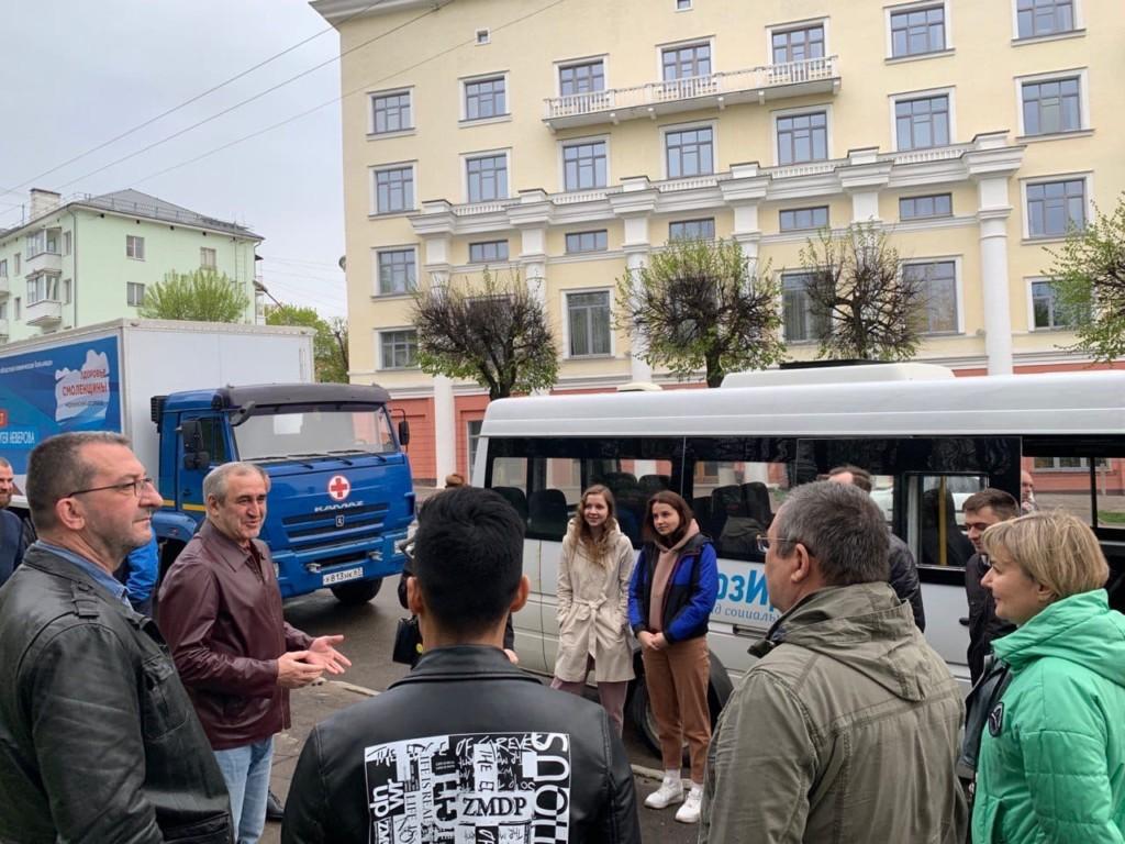 Неверов, автопоезд Здоровье Смоленщины, май 2021 (фото smolensk.er.ru)
