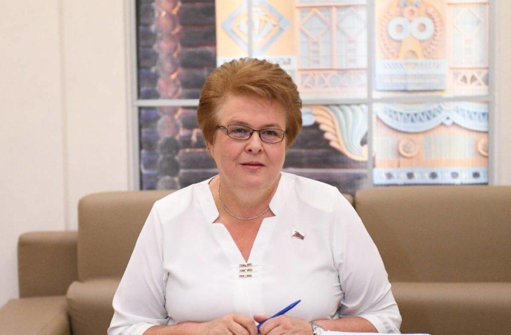 Ольга Окунева (фото smolensk.er.ru)