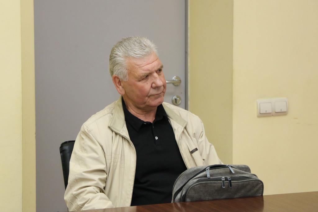 Анатолий Батрасов