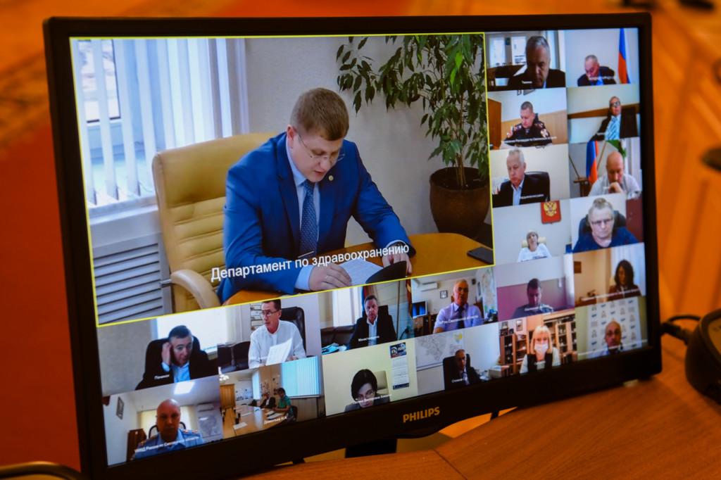 Буллих, видеоселектор, заседание оперативного штаба (фото admin-smolensk.ru)